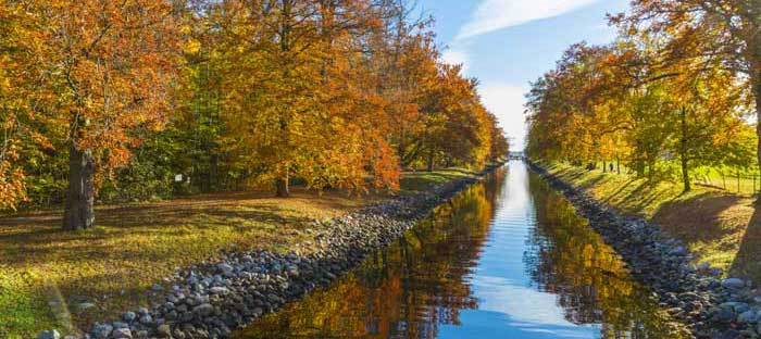 fall is a wonderful time to enjoy shopping, dining, and the wonderful sights in Langhorne, Bucks County PA